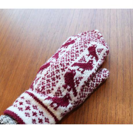 handknitted mitten from Sweden burgundy bird
