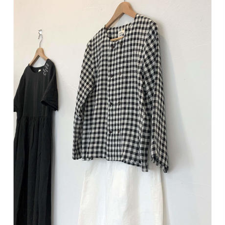 atelier naruse linen W button blouse