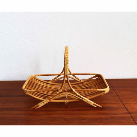 Vintage bread basket A