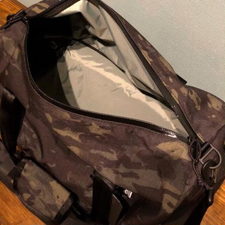 "THE BROWN BUFFALO ""STANDARD DUFFEL"" Black Multi Camo"