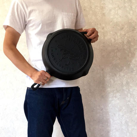 "POLeR ""12""CAST IRON ENLIGHTENMENT SKILLET"""