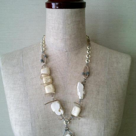 天然石ネックレス(ホワイト)