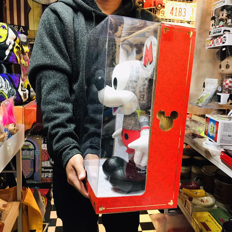 【USA直輸入】DISNEY  イヤー オブ ザ マウス ネズミ年 50s スペシャルエディション 英文字&グレー ミッキーマウス 10月 ぬいぐるみ プラッシュ ディズニー ミッキー