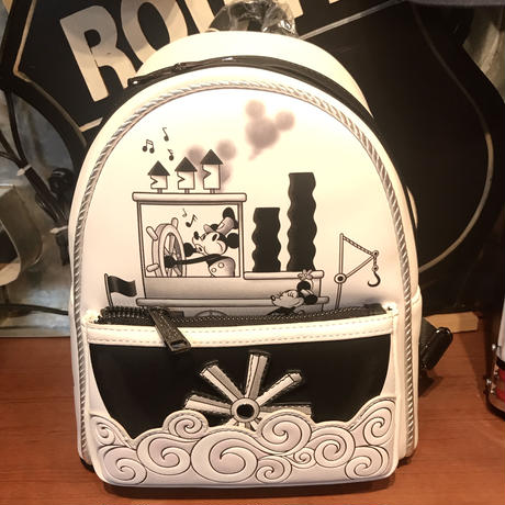 【USA直輸入】DISNEY ミッキー 蒸気船 ウィリー バックパック リュック ディズニー ラウンジフライ loungefly  Steamboat Willie ミッキーマウス