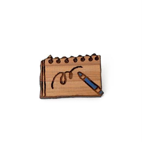 木のブローチ スケッチブック