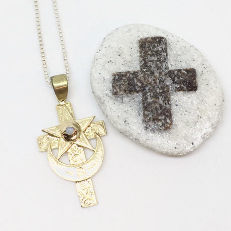 Eye of cross necklace(GOLD)