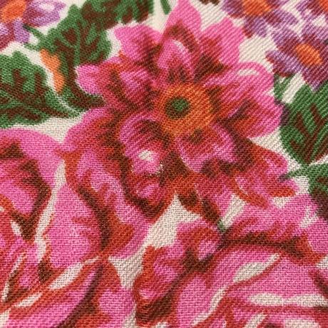 ソビエト プラトーク 白 ピンク・紫のお花