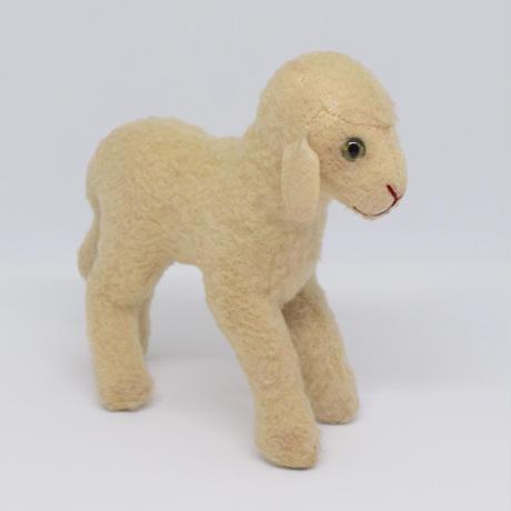 ドイツ シュタイフ社 子羊のぬいぐるみ