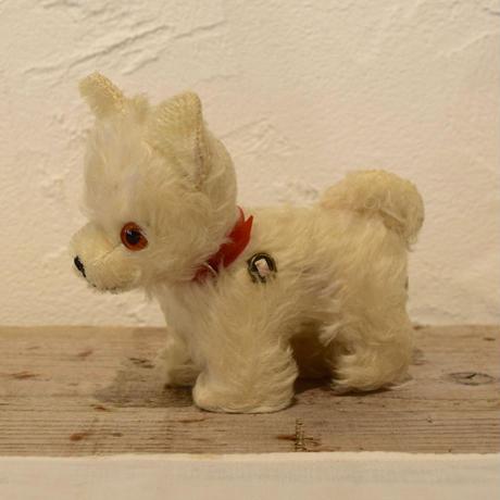 ドイツ グリズリー社 白い犬のぬいぐるみ
