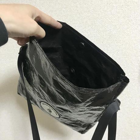DENIMS / 刺繍サコッシュ