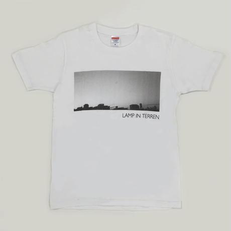 LAMP IN TERREN / PHOTO T-Shirts(ホワイト)