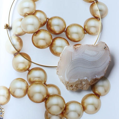 Choker necklace gold/white