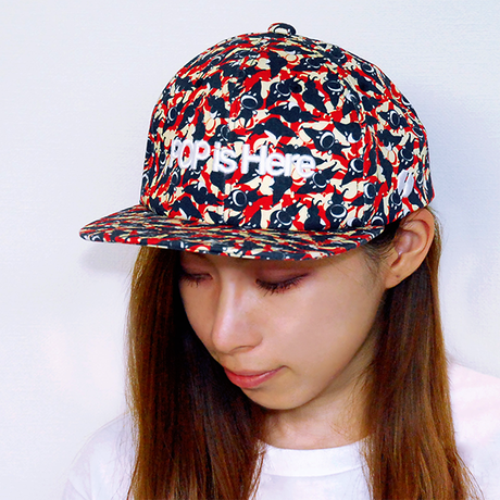 """PATTERNED ALL OVER SNAPBACK CAP""""Play"""""""