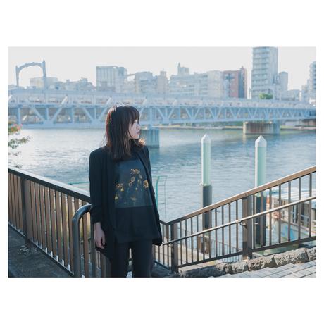 T-shirt / Matte Flower 01