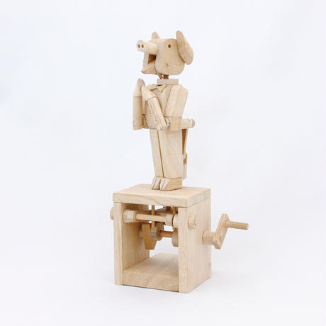 TIMBER KITS US Clapping Pig(拍手をするブタ)