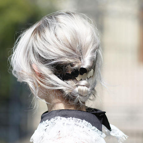 【pour Mademoiselle】4ハートヘアバレッタ ブラック/ホワイト