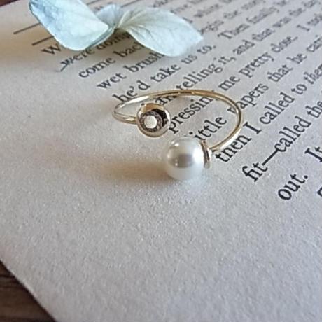 Hug CZ&Pearl ring