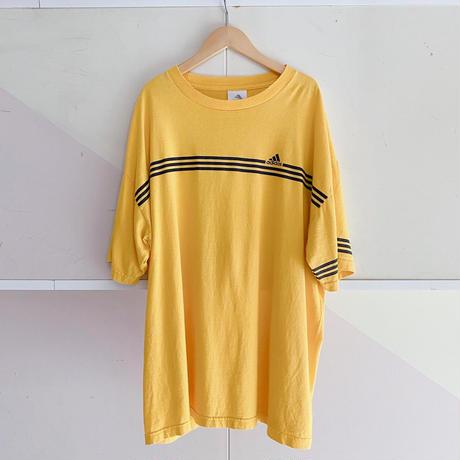 adidas ビッグシルエットTシャツ