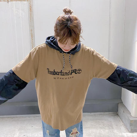 Timberland プリントTシャツ