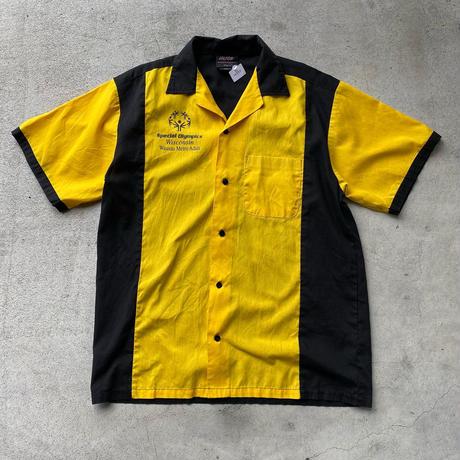 イエローボーリングシャツ