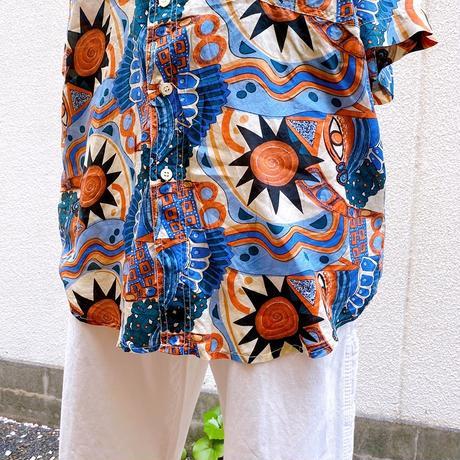 シルク半袖柄シャツ