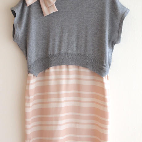 pencil border Onepiece grey knit  x pink border