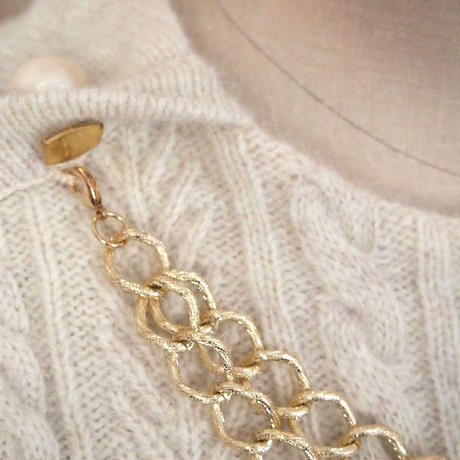 bijou necklace Pullover off white