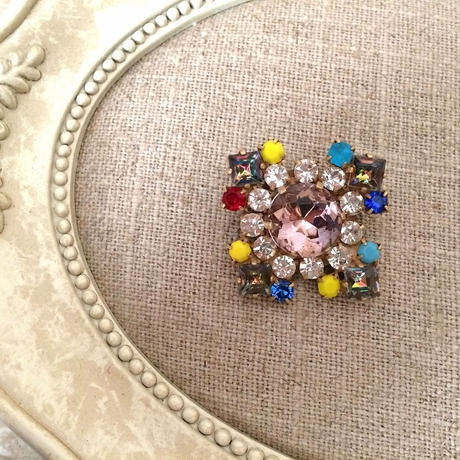 bijou brooch ④  smokey pink x multi