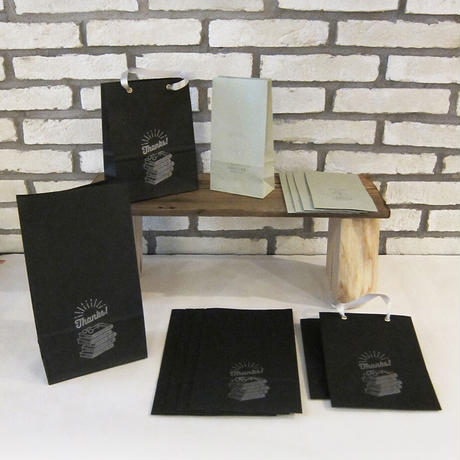 KPM064 ギフトバッグTESAGE黒の本屋さん(3枚入り)