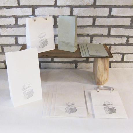 KPM064 ギフトバッグTESAGE白の本屋さん(3枚入り)