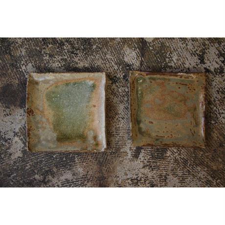 緑灰釉板皿 井上茂