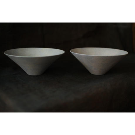 Conical bowl M 齋藤一
