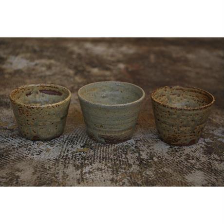 緑灰釉カップ 井上茂
