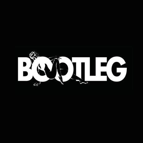 TEE - 087:BOOTLEG (BLACK)