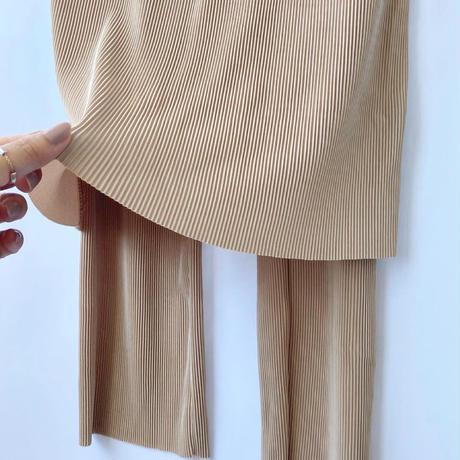 layered pleats pants