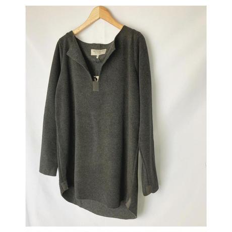 fleece key neck pullover