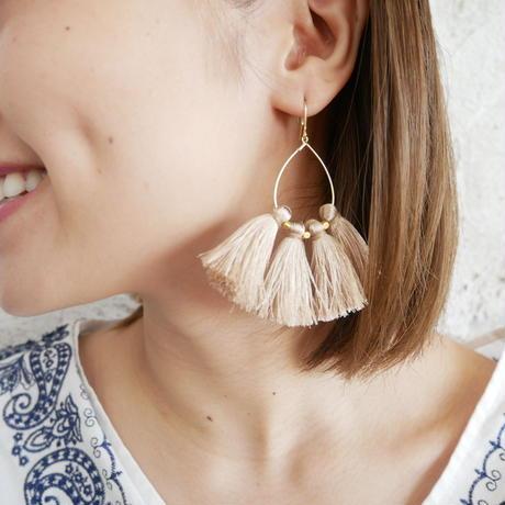 tassel pierce-white-