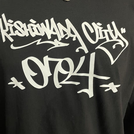 【KISHIWADA CITY】TAGGING Classic Long Sleeve T-Shirt (BLACK)