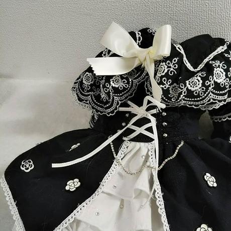 薔薇刺繍の素敵なブラウス^^