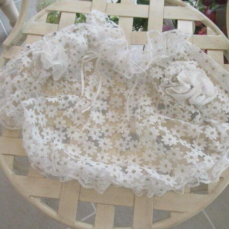 現品❤ 小花刺繍オーガンジーフリル襟ブラウス 胴38 丈26