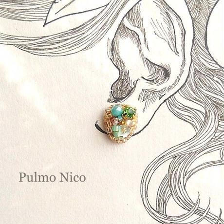 【受注生産】ビーズ刺繍の耳飾り《P-6》