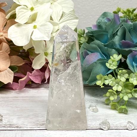 【虹入り】水晶のオベリスク 90g