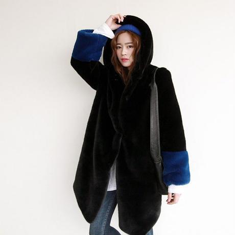 ビッグシルエット オーバーサイズ ゆるふわ ふわふわ もこもこ ゆったり 可愛い 毛皮調 モテ コート ジャケット ファー ミディアム丈 体型カバー 袖コンシャス ボリューム袖
