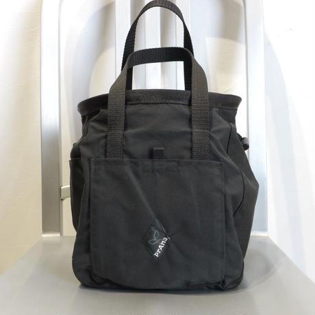 PRANA BUCKET CHALK BAG Black