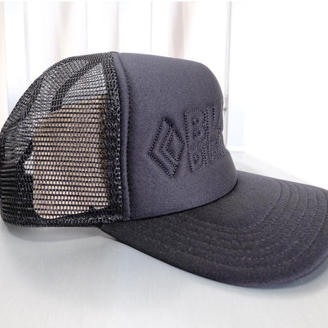 BLACK DIAMOND FLAT BILL TRACKER HAT