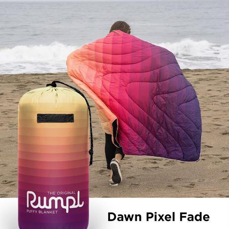RUMPL ORIGINAL PUFFY BLANKET  Dawn Pixel Fade