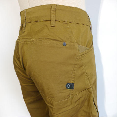 BLACK DIAMOND CREDO SHORTS Dark Curry