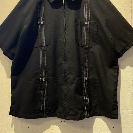 zip up design S/S shirt
