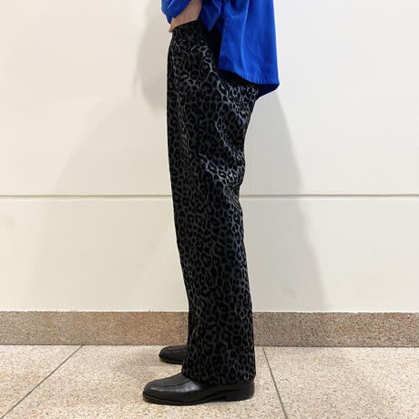 black leopard pattern semi flare pants