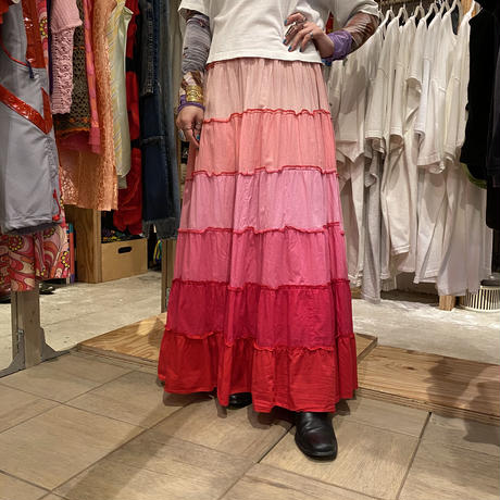 gradation design long skirt